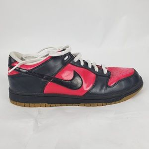 Nike Red & Black Lace Up Sneakers